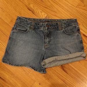 Tommy Hilfiger denim shorts